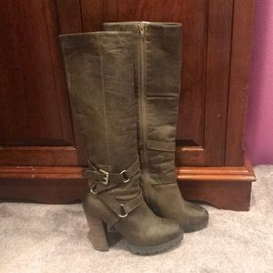 Fall is coming!Steve Madden Krazze Boot! Worn once